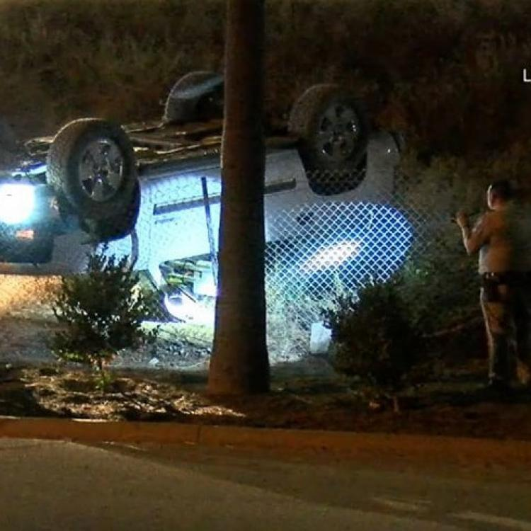 Man killed when SUV rolls over on him off 60 Freeway in Jurupa
